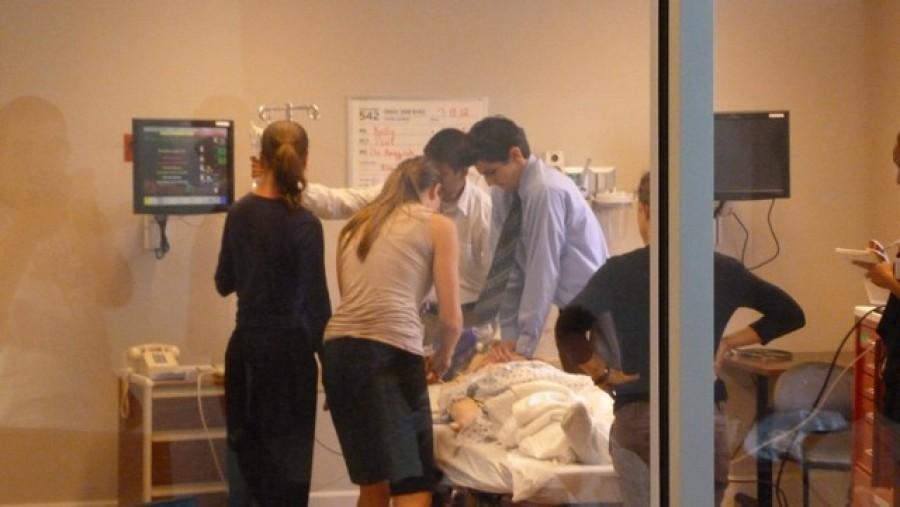 Most érkezett: Friss hírek a kórházból a beteg énekesnőről