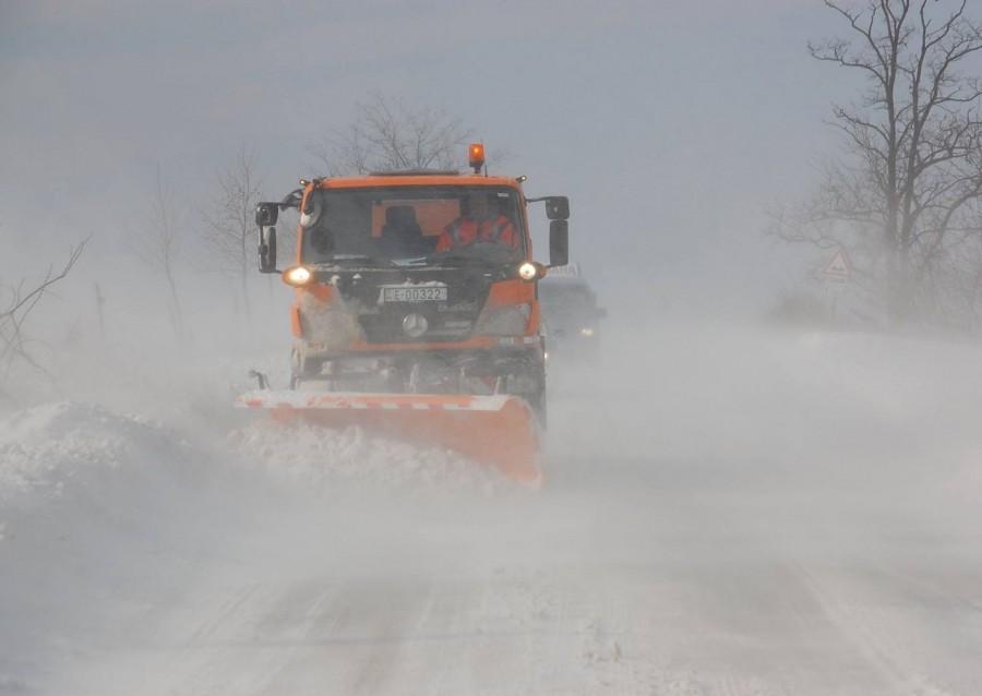 Érkezik a havazás! Elkezdték a sószórást az utakon: Közleményt érkezett: Egyre komolyabb a helyzet, holnap reggel mindenki NAGYON vigyázzon!