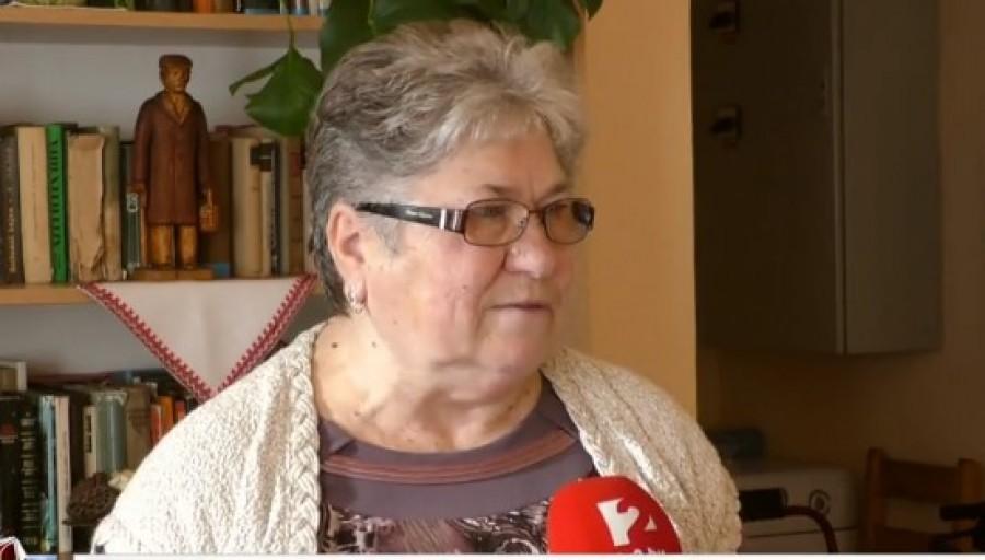 Ő Csatlós Istvánné, aki 63 évesen 37 évet és 152 napot dolgozott, de a törvény alapján nem jár neki nyugdíj, majd csak ha 65 éves lesz. Addig nincs más mint a hajléktalanság...