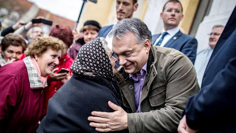 Vérlázító: Ezt üzente Orbán Viktor a nyugdíjasoknak az Erzsébet Utalványokkal kapcsolatban! Milliók háborodtak fel sorain: