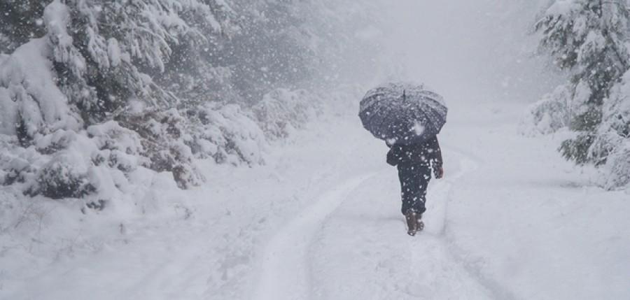 Friss: Megint jön a havazás: hat megyére adják ki a figyelmeztetést