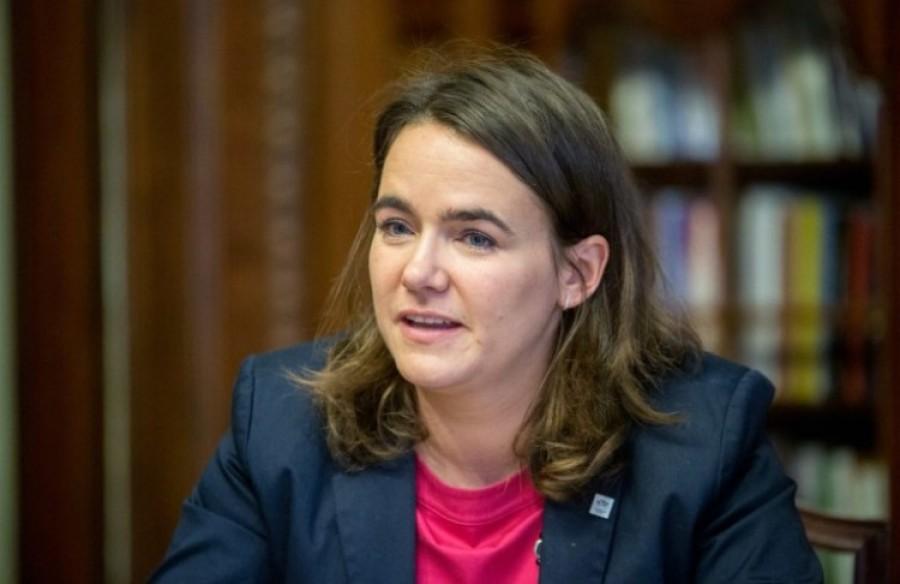 Vérlázító: Ilyen undorító  szavakkal rontott neki Novák Katalin a külföldön dolgozó fiataloknak