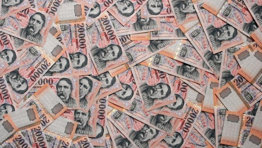 Februári pénzhoroszkóp! Ezek a csillagjegyekre kimagasló bevétel vár