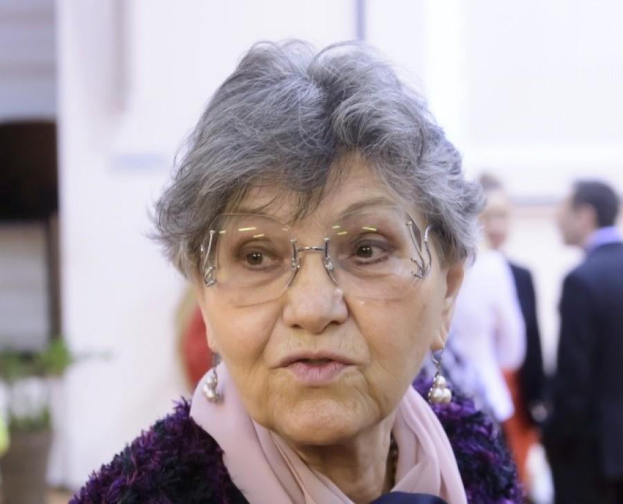 Megdöbbentő hír: A hatóságokkal dobatja ki Pécsi Ildikó az unokáját
