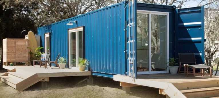 Vásárolt magának egy konténert és lakóházat készített belőle. Elképesztően néz ki belül! – FOTÓK