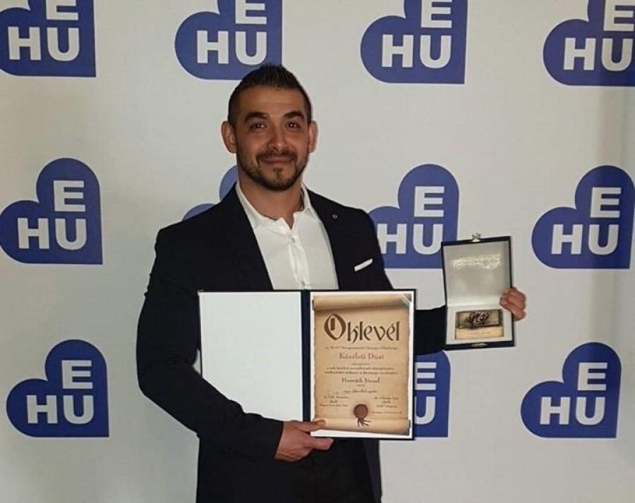 Kitüntetéssel jutalmazták Horváth József rákkutatót a közéleti tevékenységeiért