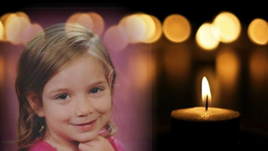 Égjen ez a gyertya a drága pici lányért a 6 éves Leonettáért, aki már távozott közülünk