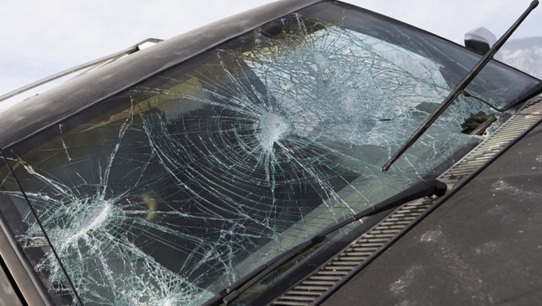 Szomorú hír érkezett: Autóbaleset érte a népszerű magyar színészt