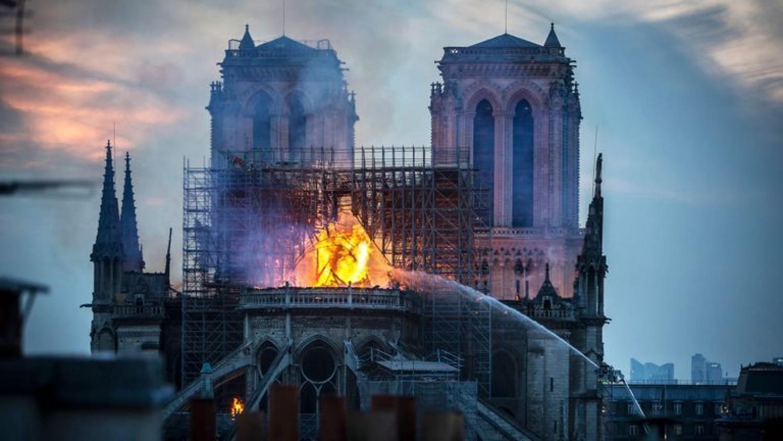 Most érkezett: meg van, hogy mi okozta a tüzet a Notre Dame-ban