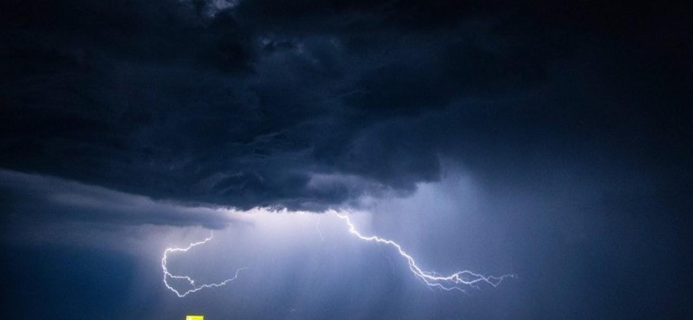 Friss előrejelzés: Hatalmas esőzés közelít ,ekkor érkezik