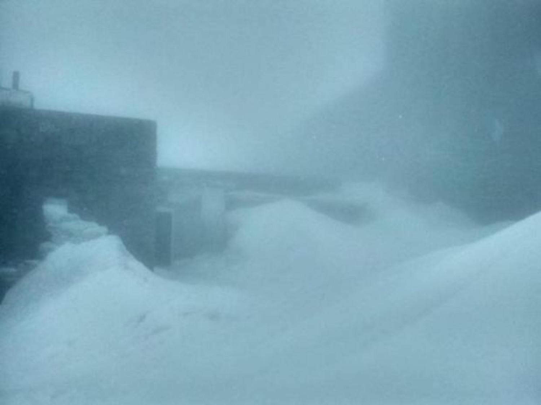 Friss: A szomszédban már szakad a hó