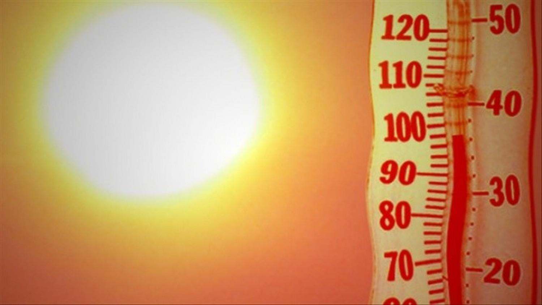 Most már biztos jön a 30 fokos, perzselő meleg. Mutatjuk mikor érkezik
