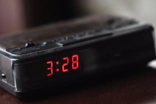 Éjszakánként felébredsz 3-5 óra között? Nézd meg, mi lehet az oka!