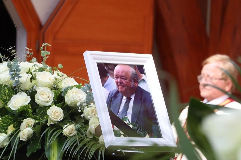 Mély gyász: így vettek végső búcsút a legendás magyar szakácstól Benke Laci bácsitól – fotók