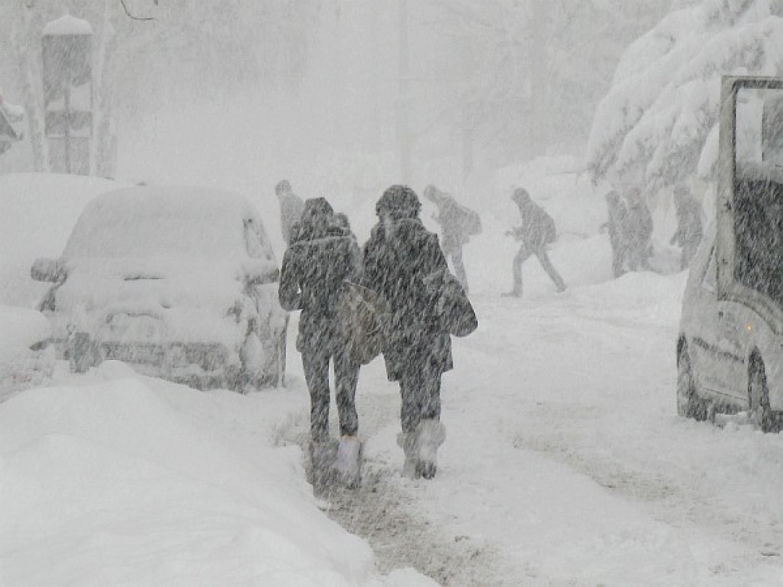 Rossz hír érkezett, vége lesz az enyhe télnek: Ekkor érkezik a markáns hidegfront és hózápor érkezik
