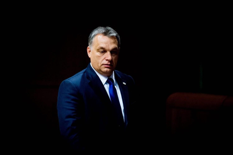 Mély Gyászban a magyar miniszterelnök: közeli hozzátartozóját vesztette el