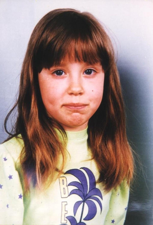 Felfoghatatlan tragédia: 22 éve tűnt el Niki, az édesanya lesújtó hírt jelentett be