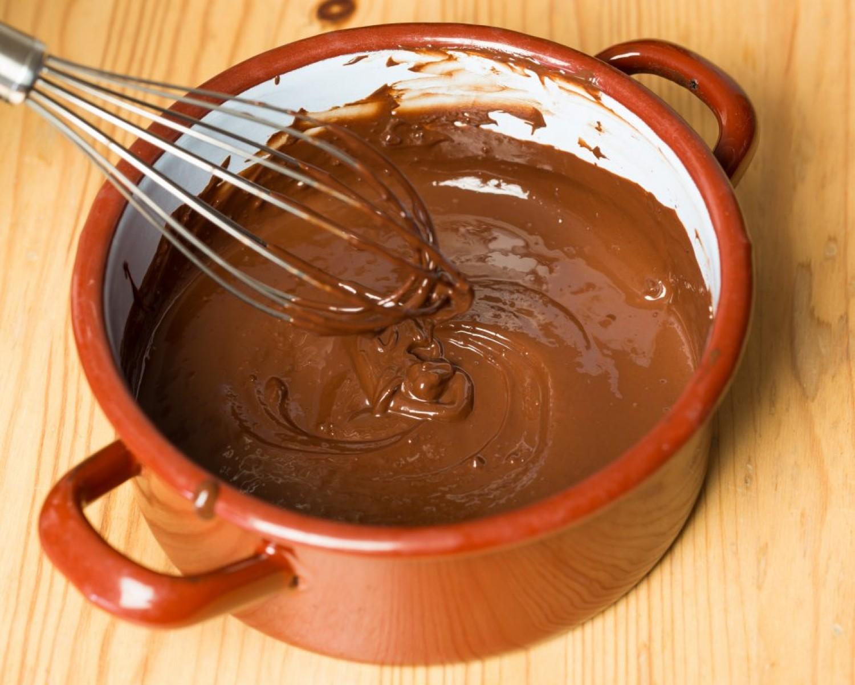 Csokoládékrém tortákba, süteményekbe! Egy híres szakács bevált receptje!
