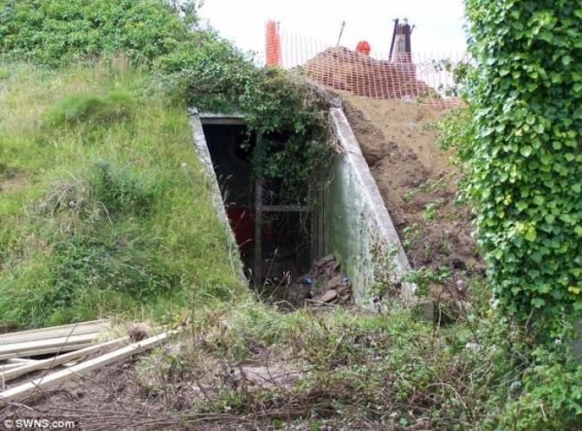Ez a Hölgy vásárolt egy régi bunkert … és átalakította azt, valami igazán ELKÉPESZTŐ módon