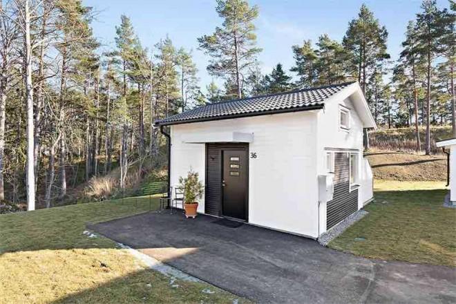 Eladták Svédország legkisebb házát -így néz ki a 22 nm-es ház kívülről és belülről