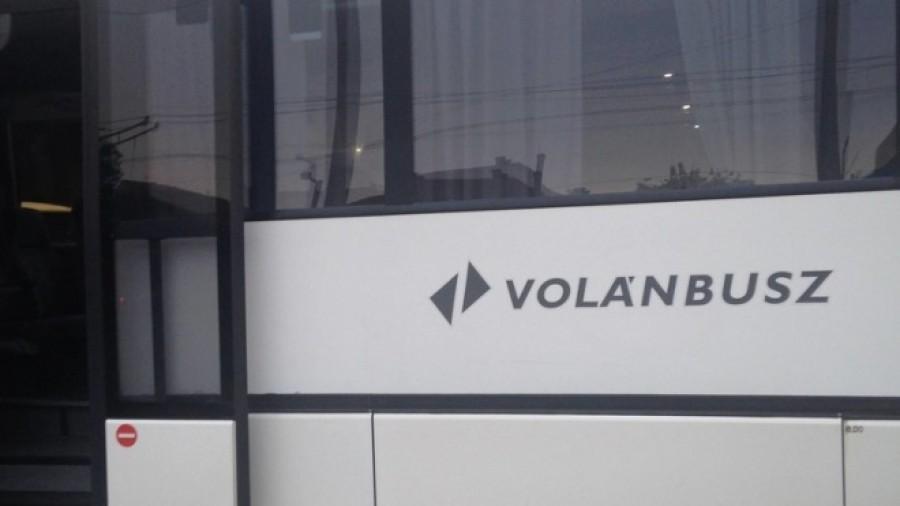 Soha nem látott jelenséget filmeztek le a Jászberény-Budapest buszjáraton - őrület, ami a buszon történt