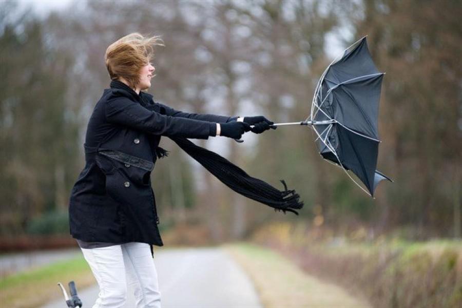 Érkezik a vihar: néhol már ma lecsap, ám holnap is számolni kell vele!
