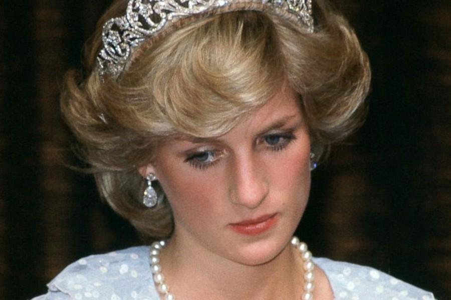 Most derült ki: ilyen keményen beszólt Károly herceg a szülőszobán Diana hercegnőnek!