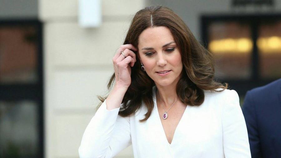 Szörnyű hír: Rosszul lett a terhes Katalin hercegné