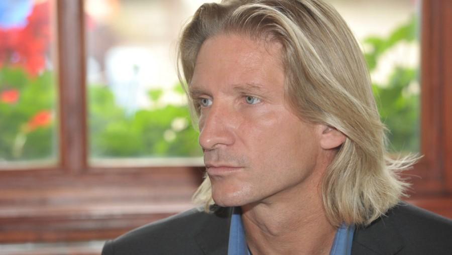 Nem titkolja múltját Pintér Tibor: adásban beszélt róla