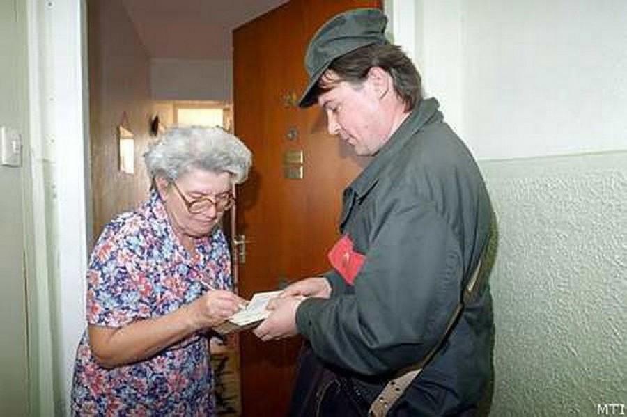Nyugdíjasok, rokkantak, 65 év felettiek figyelem!  November 10-én érkezik a nyugdíjprémium és a nyugdíjkorrekció is!