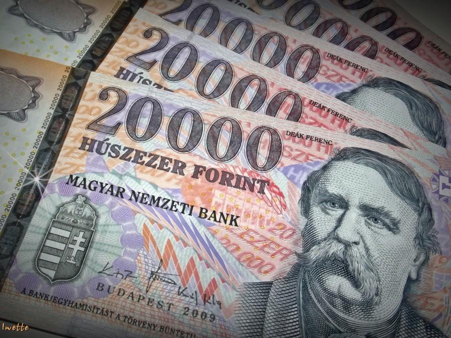 Figyelem 65 év felettiek: többszörösére fogja emelni a kormány sok magyar nyugdíjas nyugdíját! Rövidesen közel 4,5-szeres nyugdíj fog járni ezeknek a magyar nyugdíjasoknak