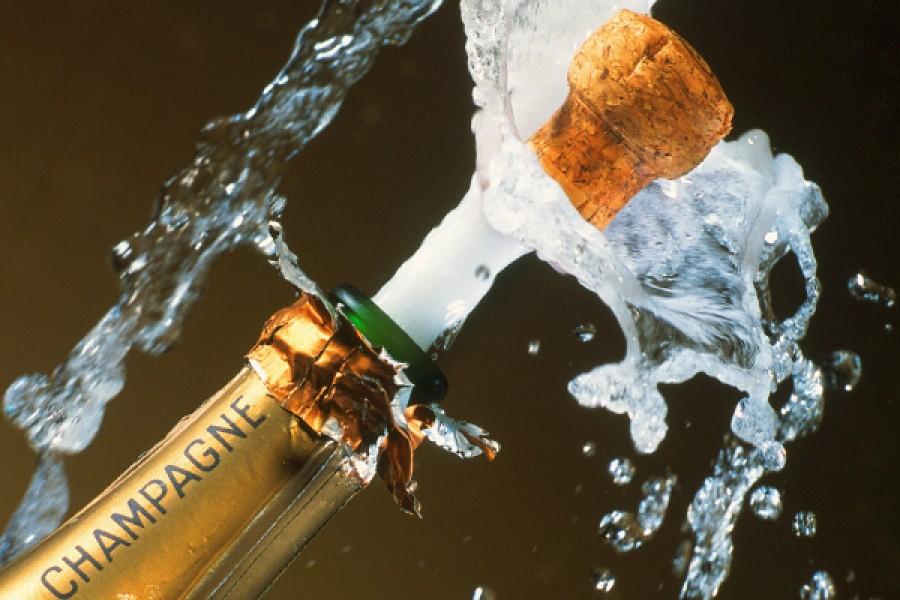 Ezt műveli a pezsgő a testeddel! Ezt még senki sem mondta el az ünnep italáról