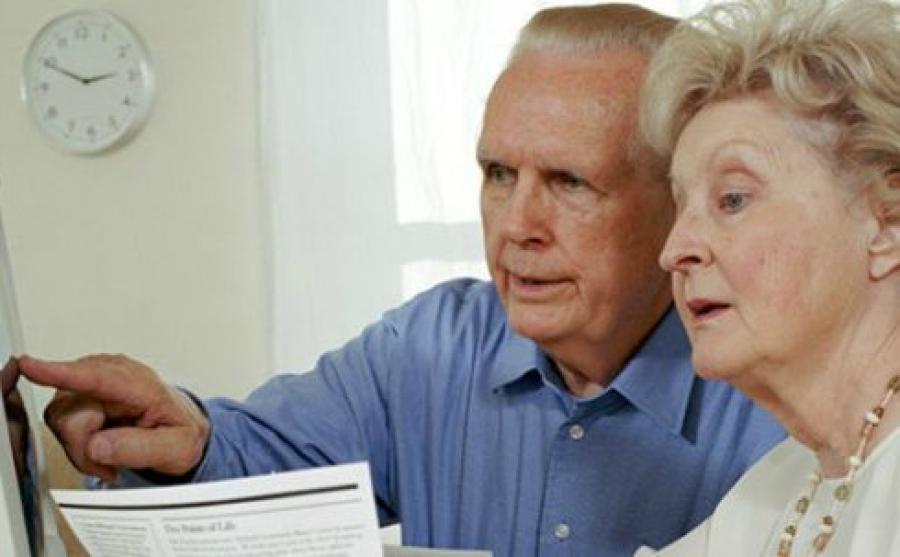 Pluszpénzre számíthatnak a nyugdíjasok: így lehet pályázni rá