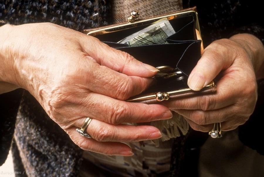 Olyan nyugdíjpofon van készülőben, amire korábban még nem volt példa!