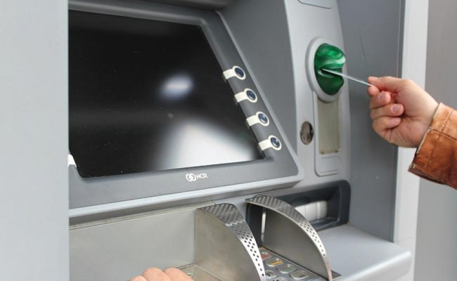 Figyelem bankkártyát használók: Jobb ha 9-re végződik az az összeg amit az ATM-ből kivesztek!