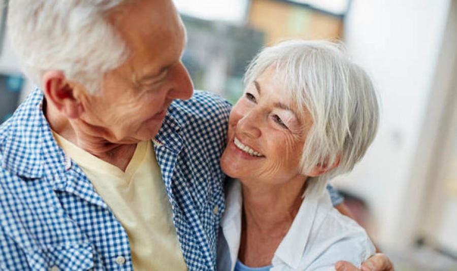 Érkezhet az újabb ajándék a nyugdíjasoknak!