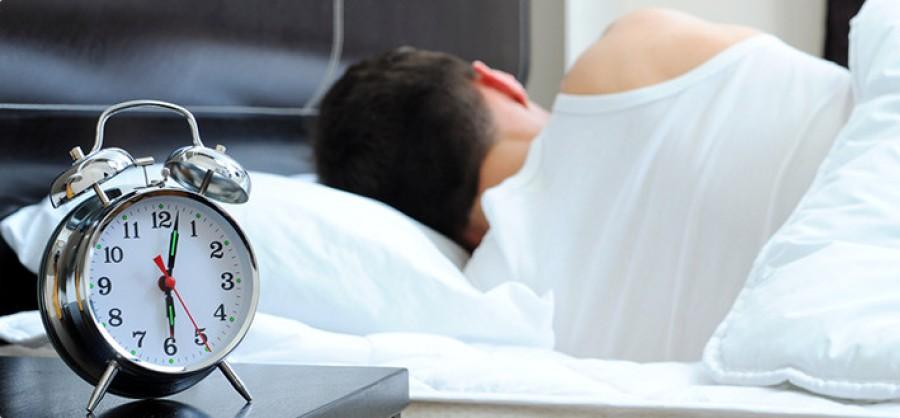 Figyelem a héten óraállítás lesz: most akkor többet vagy kevesebbet alhatunk?!