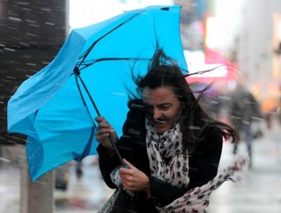 Otthon ne felejtse az esernyőjét! Durva jégeső rondíthat bele a nyárias időbe