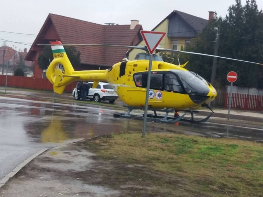 Ma reggel érkezett a hívás a Miskolci mentőkhöz miszerint egy 12 éves kislánynál indult be a szülés - Miután kiért a mentőhelikopter valami olyasmi fogadta őket amire legkevésbé számítottak