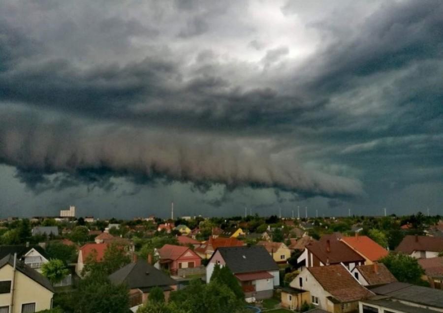 Nem ússzuk meg: kiadták a riasztást újabb pusztító viharok jönnek ma!