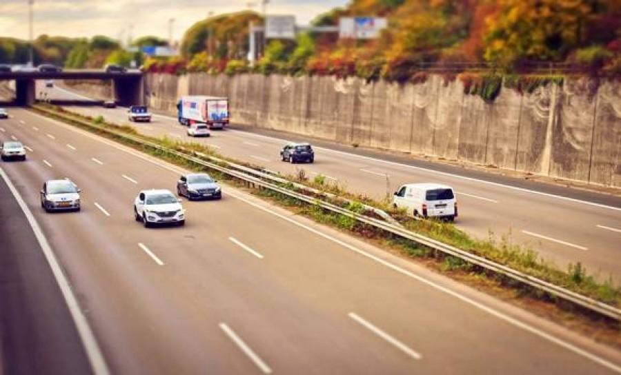 Figyelem autósok! Újabb utak lesznek fizetősek szeptembertől, itt a hivatalos lista!