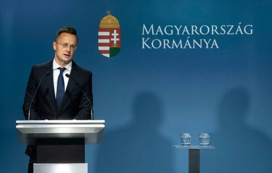 Most érkezett: íme Szijjártó bejelentése Magyarország kilépéséről!