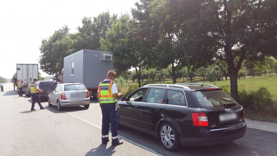 Mindenkit érintő hír a bejelentése! A rendőrök a mai naptól AZONNAL a HELYSZÍNEN elveszik a jogosítványunkat!