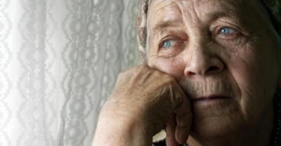 Szomorú: tízezreket buknak el a nyugdíjasok idén!