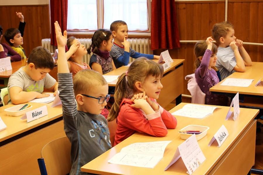 Egy magyar gyermekpszichológus megrendítő beszámolója: 'Milyen ország az, ahol ilyen gyerekekkel találkozik az ember?!'